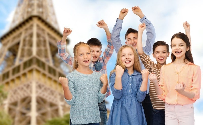 Classe découverte à Paris : Enfants à la découverte de Paris et la Tour Eiffel